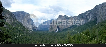 Yosemite stock photo, The valley of the Yosemite National Park in California by Henrik Lehnerer