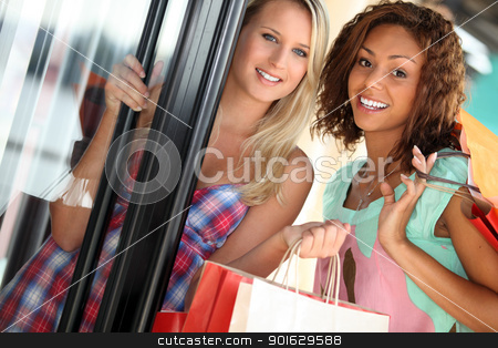 Girlfriends shopping stock photo, Girlfriends shopping by photography33