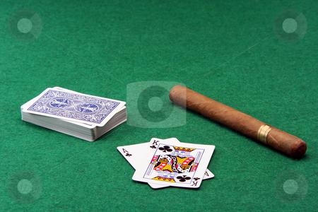 Gabmling and cigar
