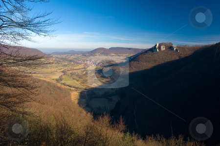 Ruine Reu?enstein stock photo, Die Ruine Reu?enstein ist eine Burgruine oberhalb von Neidlingen im Landkreis Esslingen in Baden-W?rttemberg. by Wolfgang Heidasch