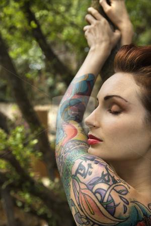 Abmohobu: tattooed nudes