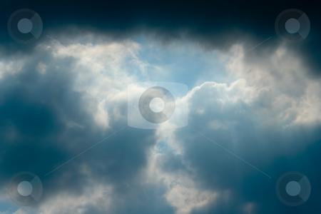 Himmel mit Gewitterwolken stock photo, Himmel mit Gewitterwolken by Wolfgang Heidasch