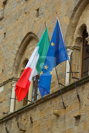Italien/Europa Fahne - Flag of Italy/Europe stock photo, An einem Haus in Volterra. Toskana - On a house at volterra, tuscany by Wolfgang Heidasch