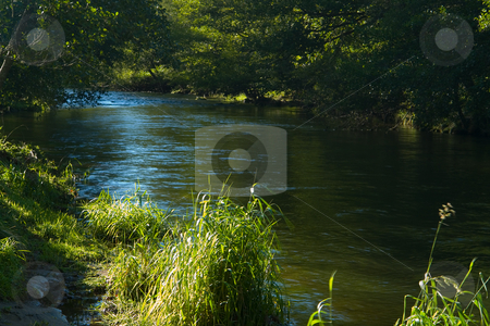 Am Oberlauf der Sioule, Auvergne, Frankreich stock photo, Die Sioule ist ein Fluss in Frankreich. Sie entspringt an der Nordseite der Monts Dore auf etwa 1.200 m NN im D?partement Puy-de-D?me und m?ndet nach 160 km durch das Granitplateau der Combrailles bei Saint-Pour?ain-sur-Sioule in den Allier. Quelle: Wikipedia http://de.wikipedia.org/wiki/Sioule by Wolfgang Heidasch