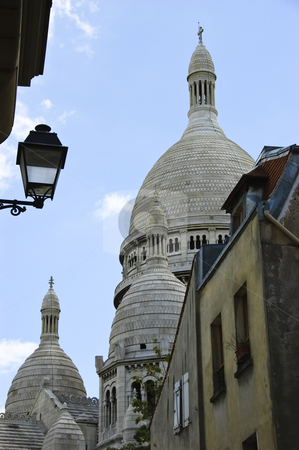 Sacre-Coeur Basilica stock photo, Sacre-Coeur Basilica's dome view from an alley by Rubens Alarcon