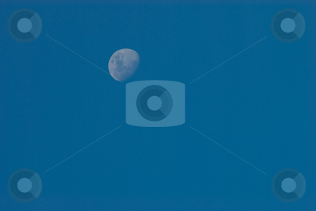 Mond am Tageshimmel stock photo, Mond am Tageshimmel by Wolfgang Heidasch