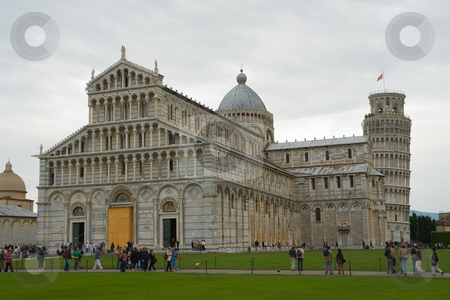 Am Dom zu Pisa Santa Maria Assunta, Toskana, Italien - At the cathedral of pisa leaning tower of pis stock photo, Der Dom Santa Maria Assunta ist eine Kirche in Pisa, zu der der weltweit ber?hmte Schiefe Turm von Pisa geh?rt. - The Leaning Tower of Pisa (Italian: Torre pendente di Pisa) or simply The Tower of Pisa (La Torre di Pisa) is the campanile, or freestanding bell tower, of the cathedral of the Italian city of Pisa. by Wolfgang Heidasch