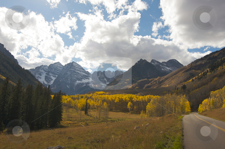 Road to Maroon Bells and Maroon Lake stock photo, Road to Maroon Bells and Maroon Lake in Aspen Colorado by Andy Dean