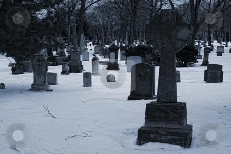 Tumbas de hielo stock photo, Cementerio Canadiense by Rodrigo Reyes Marin