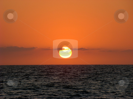 Sunset, Pacific Ocean. stock photo, Sunset on the west coast of Mexico. by Fernando Barozza