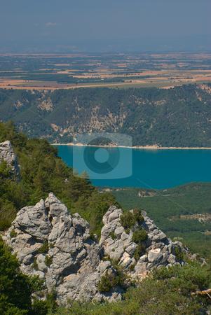 Verdonschlucht, Gorges du Verdon, Grand Canyon du Verdon, Lac de Sainte-Croix stock photo, Die Verdonschlucht (frz. Gorges du Verdon), umgangssprachlich auch Grand Canyon du Verdon, ist eine Schlucht in der franz?sischen Provence, Departement Alpes-de-Haute-Provence. - The Verdon Gorge (in French: Gorges du Verdon or Grand canyon du Verdon), in south-eastern France (Alpes-de-Haute-Provence), is a river canyon that is considered by many to be Europe's most beautiful. by Wolfgang Heidasch