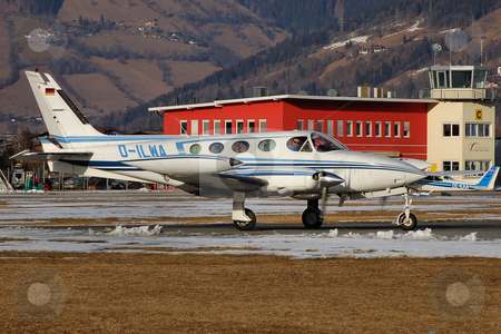 Cessna 340 lining up at Zell stock photo, Cessna 340 lining up at Zell (LOWZ) in front of tower by Alexander Gerzabek