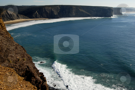 Beach stock photo, Small beach in algarve, the south of portugal by Rui Vale de Sousa