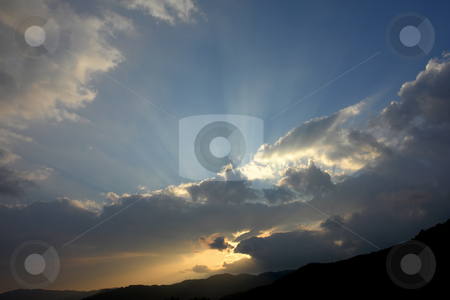 Light stock photo, Sunset over the mountains by Rui Vale de Sousa