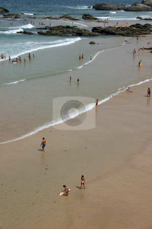 Leisure stock photo, People on the beach by Rui Vale de Sousa