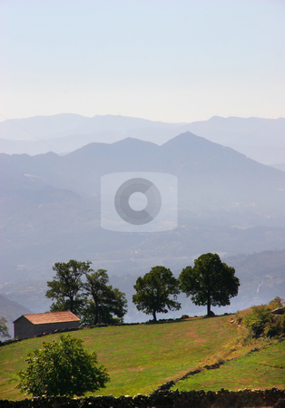 Hills stock photo, House in the mountains by Rui Vale de Sousa