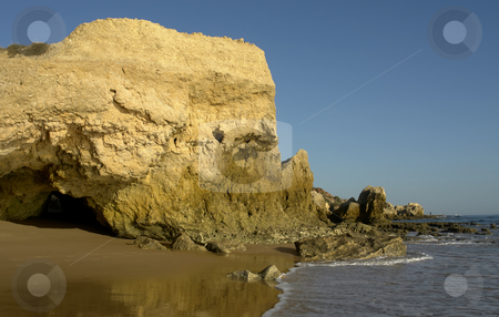 Beach stock photo, Beach of algarve on the south of portugal by Rui Vale de Sousa