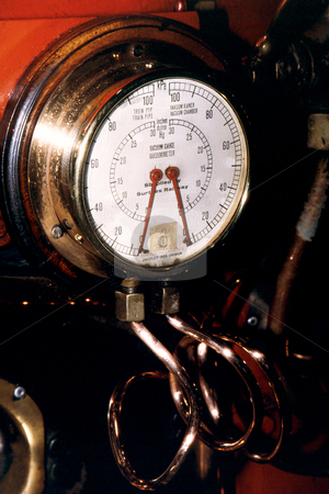 Vintage pressure gauge stock photo, Vintage steam engine pressure gauge by Sean Nel