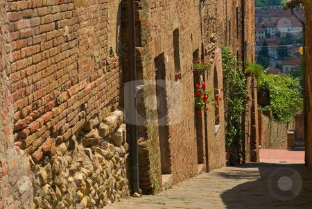 Certaldo Alto in der Toskana, Italien - Certaldo Alto in tuscany stock photo, Certaldo ist eine Gemeinde von 16.042 Einwohnern im Zentrum des Valdelsa in der Provinz Florenz. - Certaldo is a town and comune of Tuscany, Italy, in the province of Florence, located in the middle of Valdelsa. by Wolfgang Heidasch