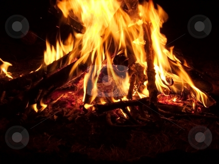 Fire stock photo, Closeup of a burning campfire in the night by P?