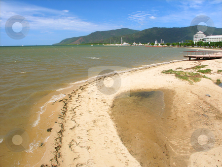 Carins, Queensland - Australia stock photo, Beach along the tropical city of Cairns, Queensland - Australia. by Jason Ross