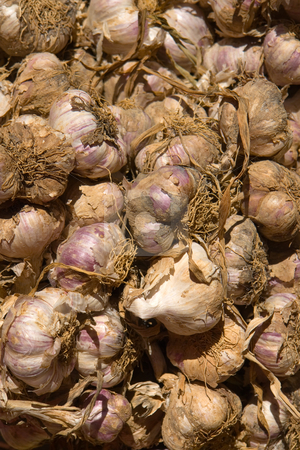 Garlic stock photo, Http://de.wikipedia.org/wiki/Knoblauch by Wolfgang Heidasch
