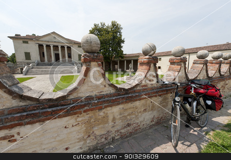 Fratta Polesine (Rovigo, Veneto, Italy) - Villa Badoer and bicyc stock photo, Fratta Polesine (Rovigo, Veneto, Italy) - Villa Badoer, by Andrea Palladio (16th century) and bicycle by clodio