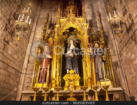 Saints Joaquima de Vedruna, Francis of Assisi, Anthoy M Claret,  stock photo, Saints Joaquima de Vedruna, Francis of Assisi, Anthony M. Claret, Shrine, St Maria del Pi, Saint Mary of Pine Tree, Barcelona, Spain. St Joaquima, founder of Carmelit Sisters, and Saint Mary Claret was the confessor to Queen Isabella II of Spain.  Saint Maria del Pi, Saint Mary of the Pine Tree, church in Barceolona Spain, founded in 987 or earlier. by William Perry