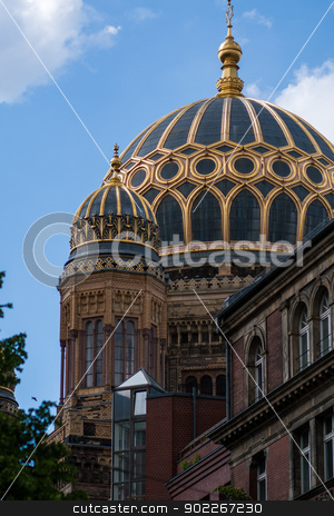 Synagoge in Berlin Mitte stock photo,  by Axel Lauer