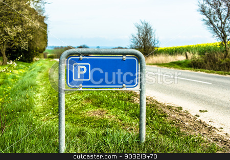 Blue parking sign in nature stock photo, High resolution photo in best quality by Kasper Nymann