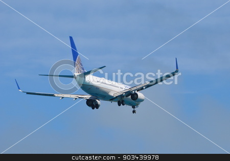 United Airlines flight stock photo, United Airlines flight ready to land in Bermuda by Ritu Jethani
