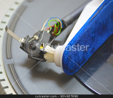 Close-up of a cleaning cartridge stylus turntable  stock photo, Close-up of a cleaning cartridge stylus turntable with brush  by Vitantonio Caporusso