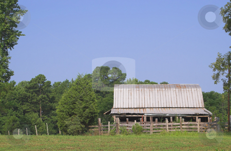 Old Barn stock photo, An barn on an old abandoned farm. by Robert Byron