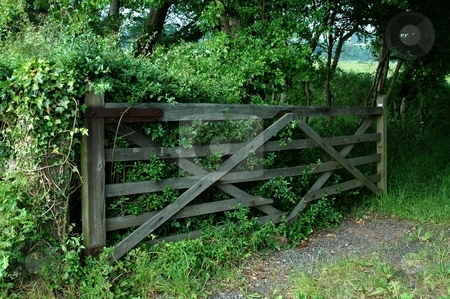 Farmer's gate Eccleston Cheshire stock photo, Old gate leading to fields by Ray Roscoe