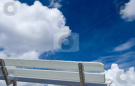 Bench and Sky stock photo, Bench with a view of the sky by Robert Cabrera