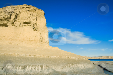 Cliff at the edge of the sea, stock photo, Cliff at the edge of the sea, Puerto Piramides, Peninsula Valdes, Patagonia Argentina. by Pablo Caridad