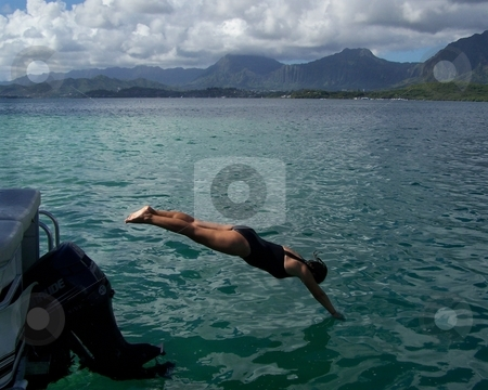 Dive on in stock photo, Dive on in!  Kaneohe Bay, Ahu o Laka Island, Oahu. by Peter Rolfe