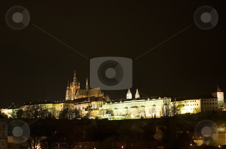 Prague Castle and St-Vitus Cathedral stock photo, Night view of Prague Castle and St-Vitus Cathedral by Pierre Landry