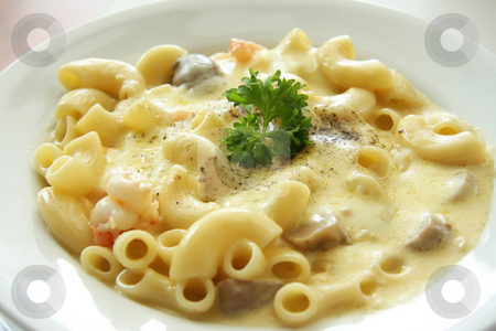 Macaroni and cheese stock photo, Macaroni and cheese with Prawns and mushrooms by Kheng Guan Toh