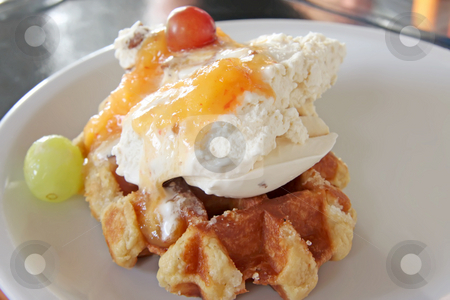 Ice cream waffle stock photo, Ice cream on waffle with fruits and sauce by Kheng Guan Toh
