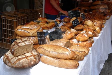 Brot auf dem Markt in Les Vans stock photo, Brot auf dem Markt in Les Vans by Wolfgang Heidasch