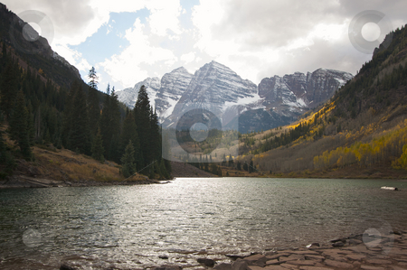 Maroon Bells and Maroon Lake stock photo, Maroon Bells and Maroon Lake in Aspen Colorado by Andy Dean