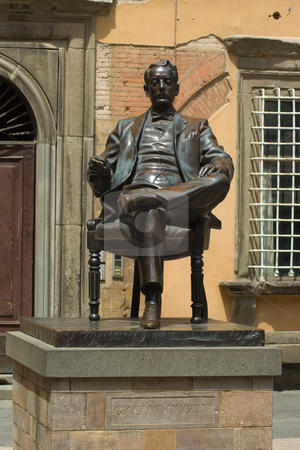 Statue von Giacomo Puccini in Lucca, Toskana, Italien - Statue of Giacomo Puccini in Lucca, Tuscany, stock photo, Giacomo Antonio Domenico Michele Secondo Maria Puccini (* 22. Dezember 1858 in Lucca; 29. November 1924 in Br?ssel) war ein italienischer Komponist der Sp?tromantik. - Giacomo Antonio Domenico Michele Secondo Maria Puccini (December 22, 1858  by Wolfgang Heidasch