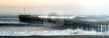 Ventura Storm Pier stock photo, Storm waves crashing in to the Verntura Pier by Henrik Lehnerer