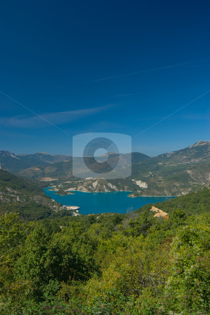 Lac de Chaudanne - Chaudanne Lake stock photo, Einer der Stauseen, der den verdon Fluss speist - One of the lakes building the verdon river by Wolfgang Heidasch