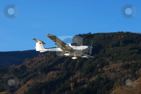 Katana on final for Zell stock photo, A Katana on final approach to Zell am See (LOWZ) airfield by Alexander Gerzabek