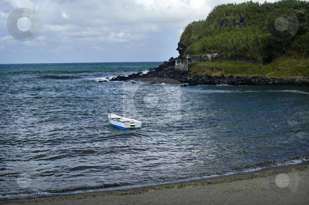 Boat stock photo, Boat on the beach by Rui Vale de Sousa