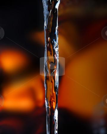 Waterdrop stock photo, Water falling by Rui Vale de Sousa