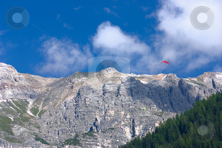Paragliding in the Alps stock photo, Paragliders in Neustift in the Stubaital / Austria by Andre Janssen