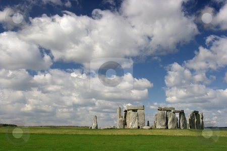 Stonehenge stock photo, The Stonehenge with cloudy blue sky by P?
